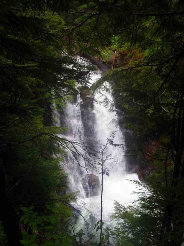 Nearby Carter Falls © Ken Campbell