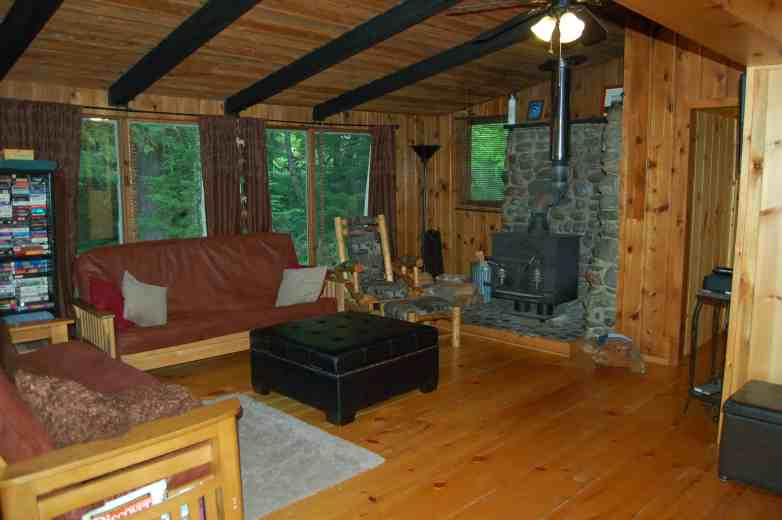 Stepping Stone Cabin Living Room