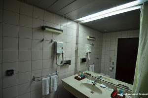 yanggakdo-hotel-bathroom