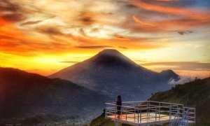 Sunset Bukit Awan Sikapuk Wonosobo