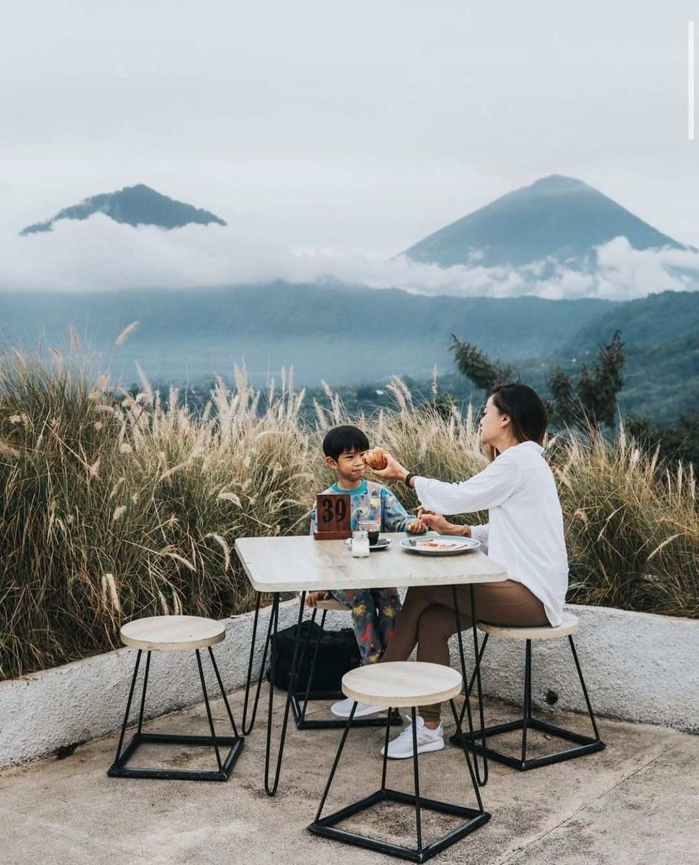 Pemandangan di Montana Del Cafe Bali
