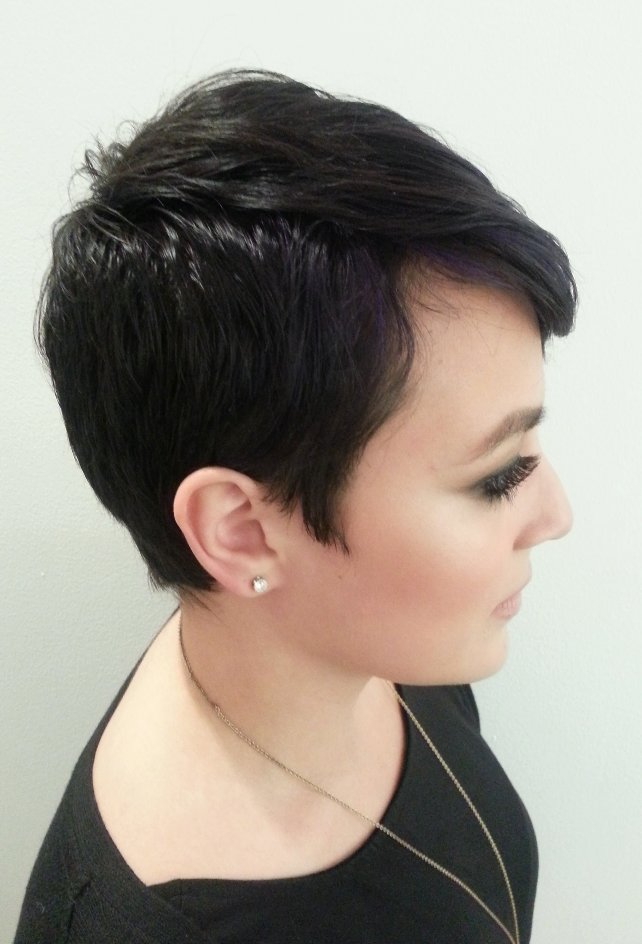 Gallery of Pixie Hairstyles For Thick Coarse Hair Showing 7