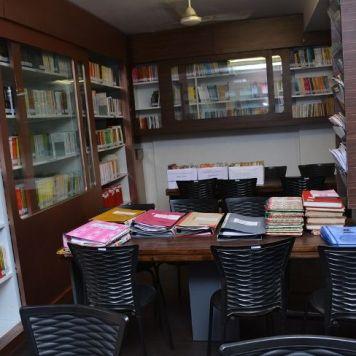 Lib & Reading room (4)