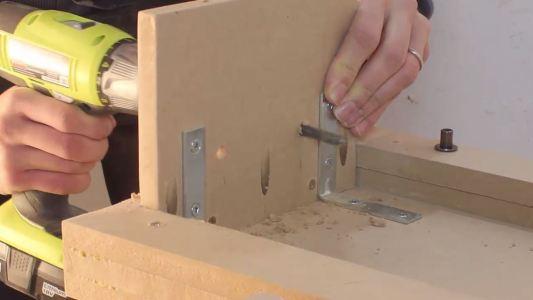 Comment Fabriquer Une Table De Lit Table D Appoint Video