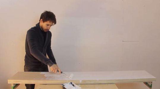 peinture table de lit
