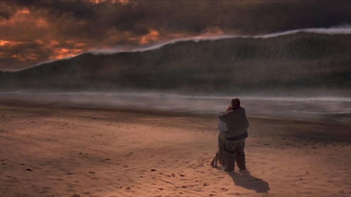 Tsunami rushing towards the beach in Deep Impact (1998)