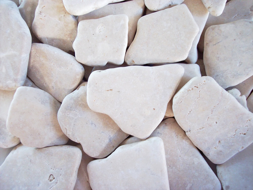 White Gravel Stones