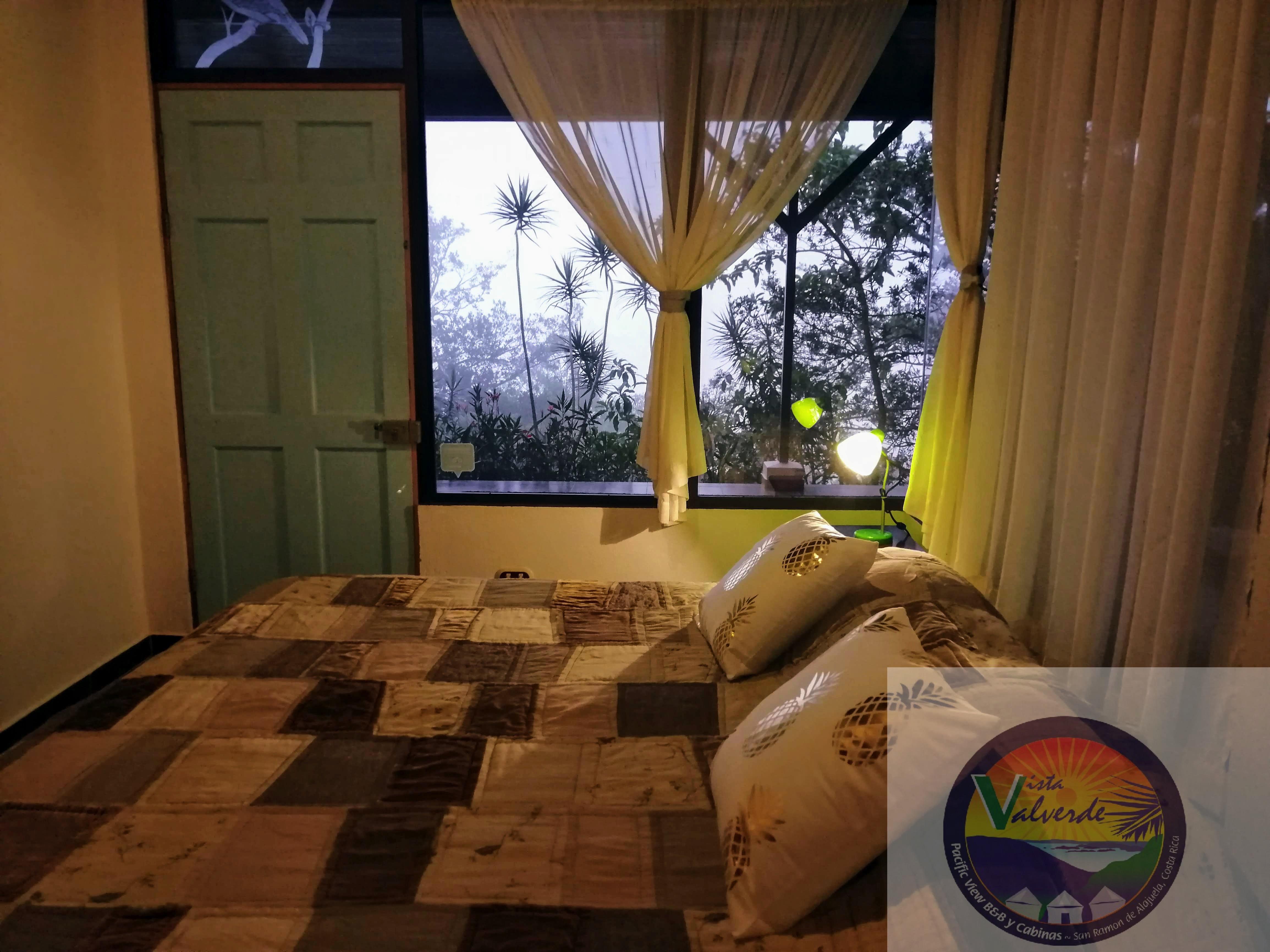 Lovely guest rooms vista valvede BnB san ramon costa rica