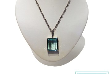 VT Luxe Faceted Crystal Enhancer on Fancy Chain (Aquamarine)