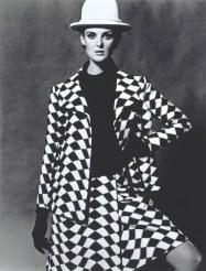 Modeling Nina Ricci, 1960