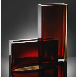 These Anna Torfs rectangluar glass vases are very chic, adding height and a clean geometric shape to an etage or shelf