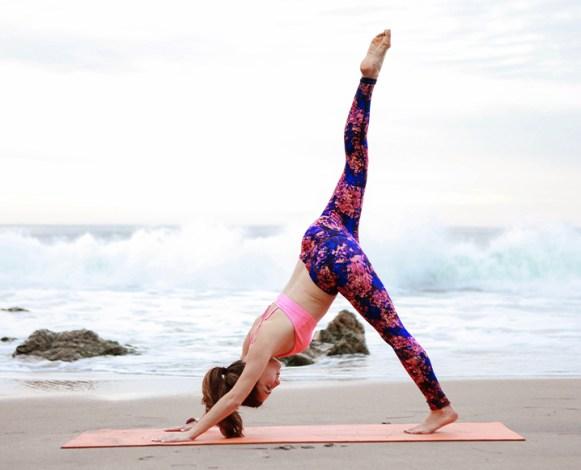 beach-yoga-6
