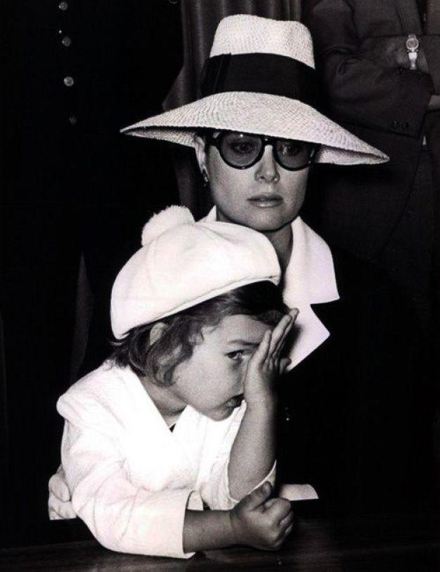 Grace Kelly with daughter PRincess Caroline