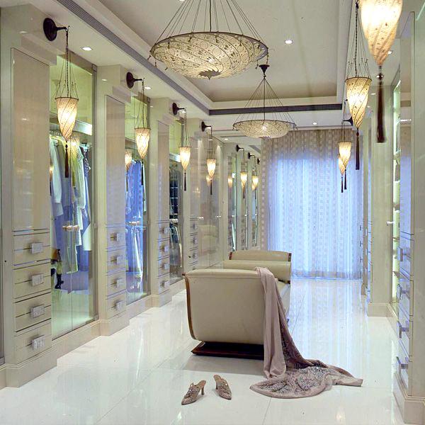 Alberto Pinto closet