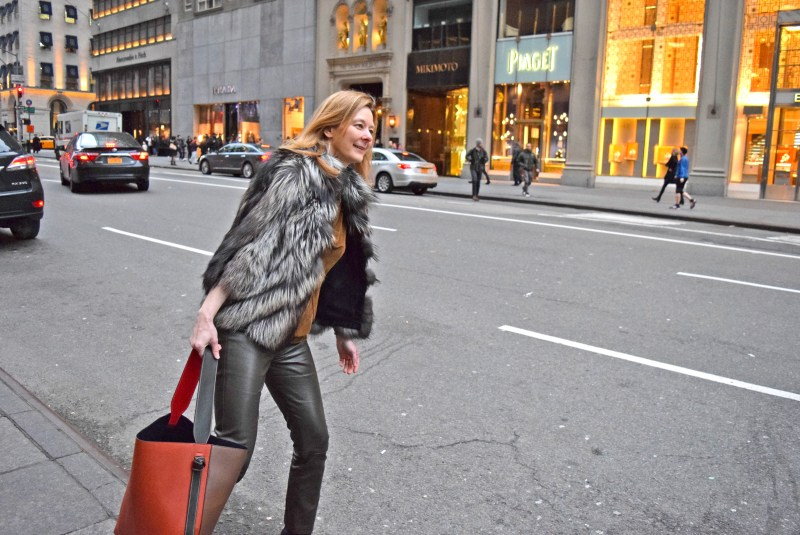 Melinda Knight Street Style New York Shopping