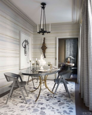 Fabulous french interior designer, Jean Louis Deniot used this wildly CHIC custom rug in complimentary tones that work magnificently with the horizontal wall covering and fresh neutral palette.