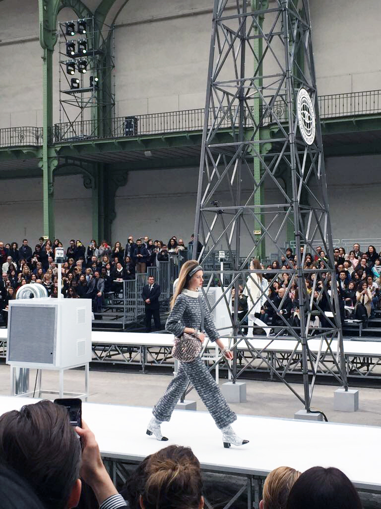 Visual therapy stylists attend Chanel fall 2017 runway show