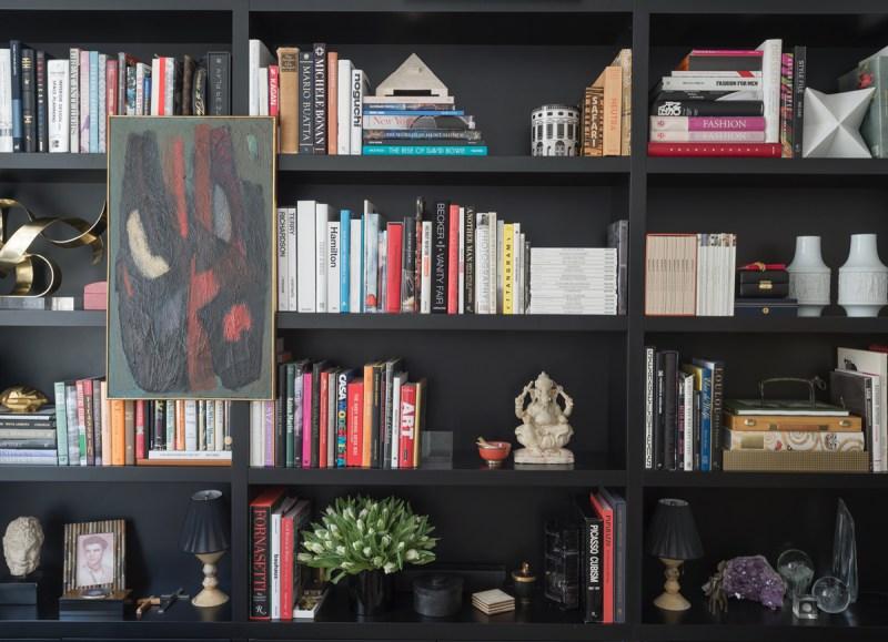 5 Tricks For The Perfect Bookshelves