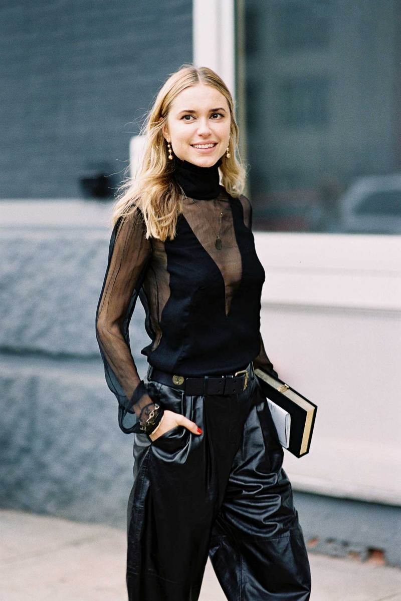 Pernille Tesbiak all black outfit