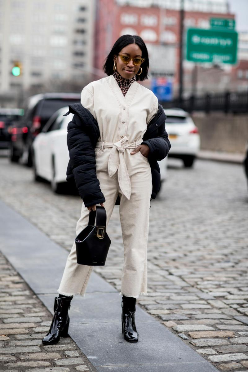 new york fashion week street style contrast stitching outfit