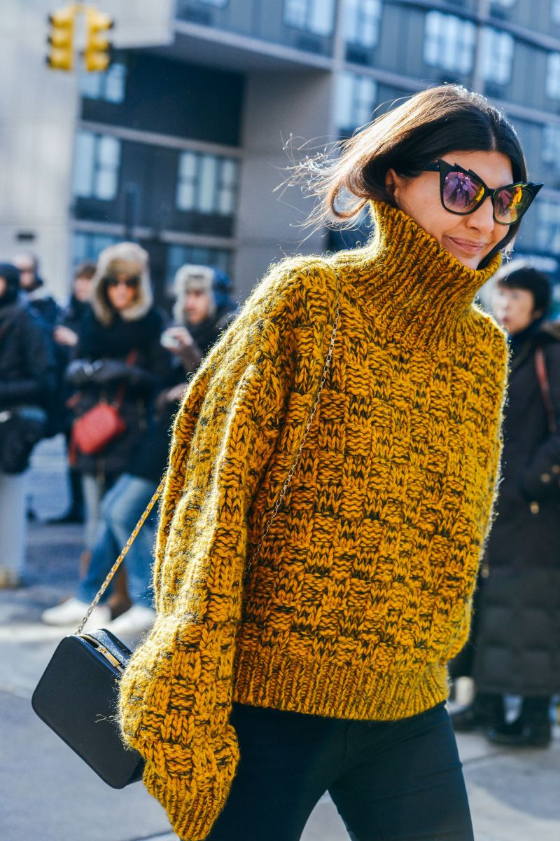Giovanna Battaglia in a yellow chunky knit
