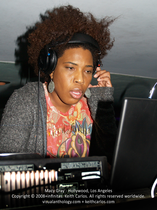 Macy Gray - DJ, R&B Jazz Soul Singer, Training Day, Saturday Night Live, West Hollywood, Los Angeles, California - Copyright © 2007+infinitas. Keith Carlos. All rights reserved worldwide. visualanthology.com + keithcarlos.com