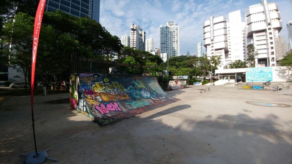 Visualinsite - Somerset Skate Park, 1 Somerset Rd, Singapura (11)