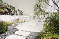 Outdoor spa at Dusit D2 Baraquda (Pattaya) by Eclectic Studio
