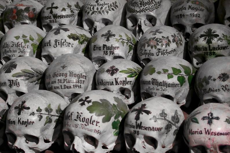 Totenschädel / painted skulls in Hallstatt - Photo by H.KoPP