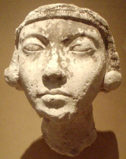 An older Amarna-era woman from the workshop of the scuplture Thutmose.