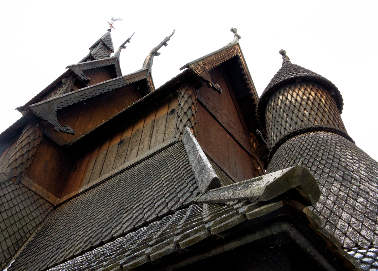 Stave churches – medieval vikingry