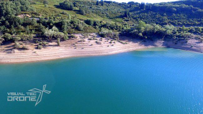 Caudales y pantanos con drones.
