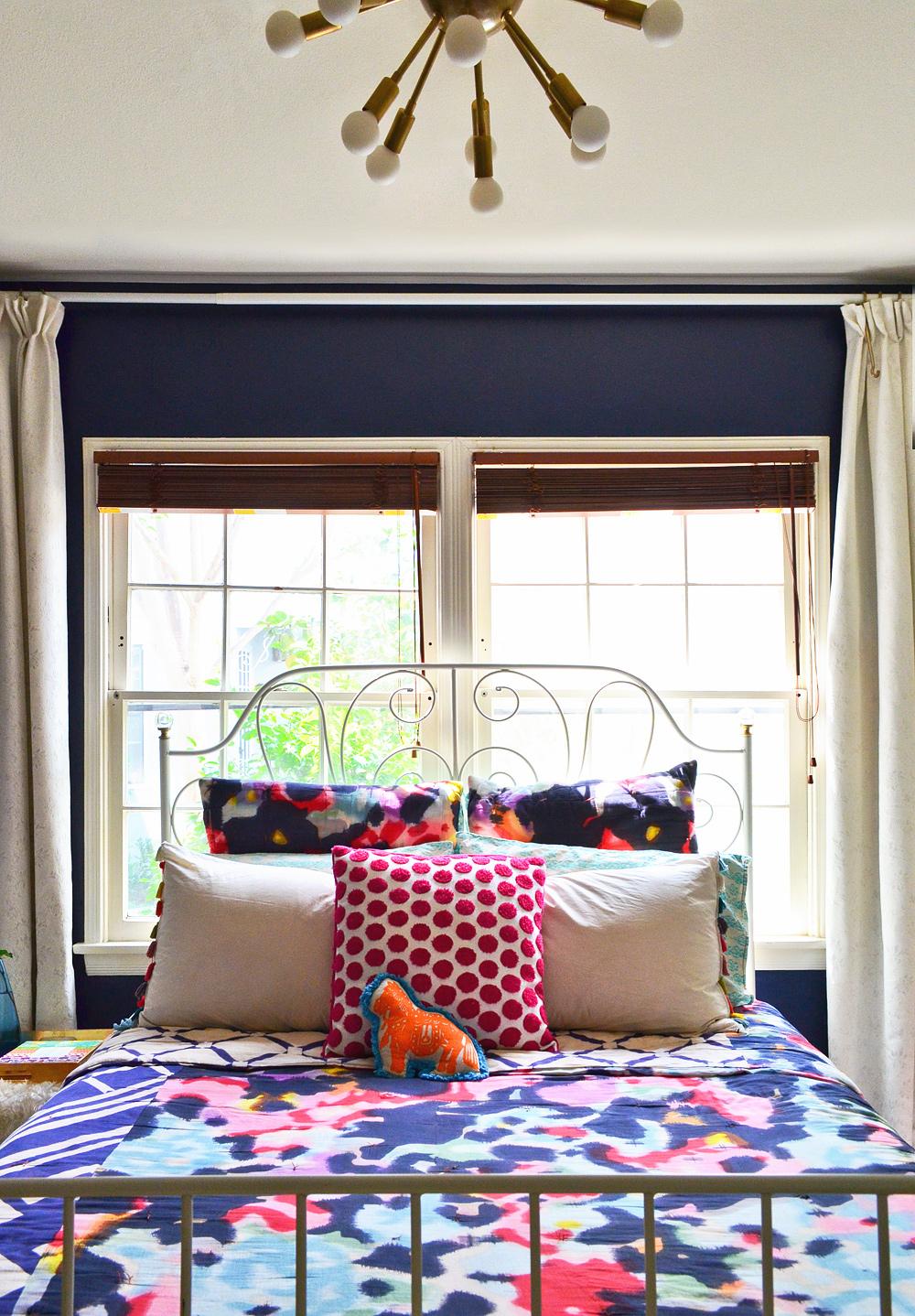 Anthropologie-Watercolor-Quilt-IKEA-bed