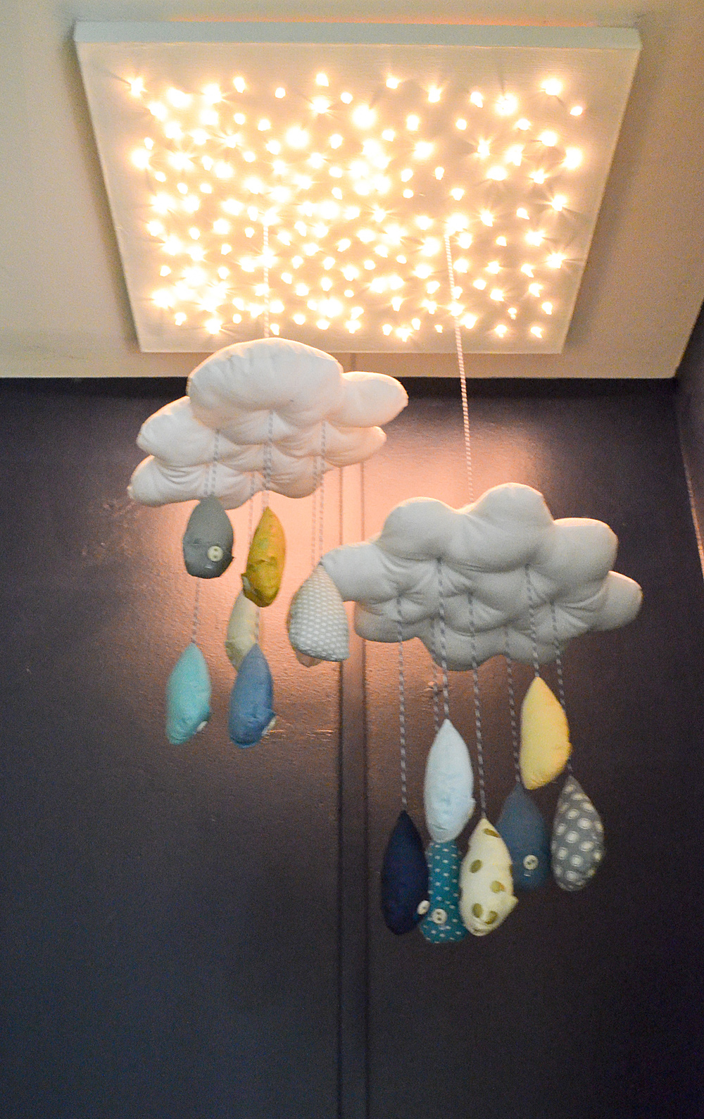 Cloud-Christmas-Light-Mobile--2