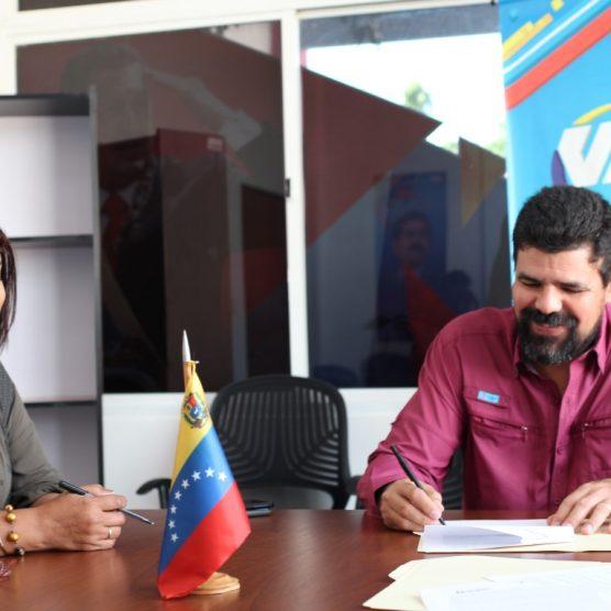 Acuerdo suscrito entre INCES - VIT permitirá seguir capacitando a trabajadores de la fábrica.