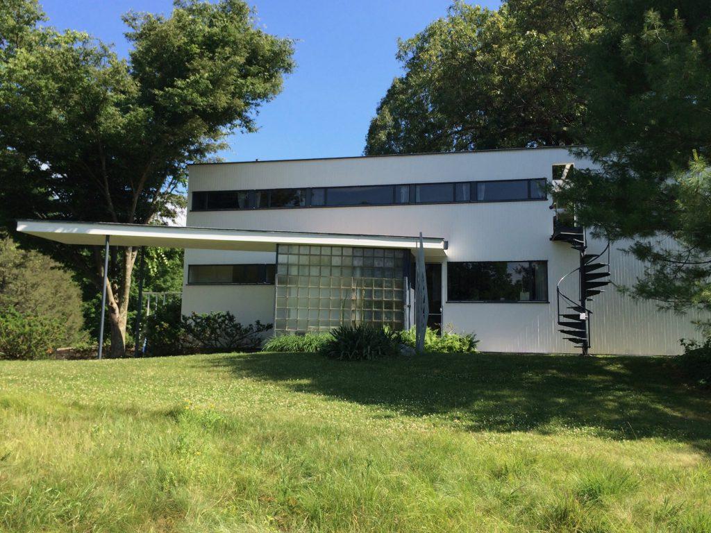 H M Home Design 11234