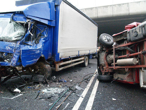 Quanti incidenti provocano i mezzi pesanti?