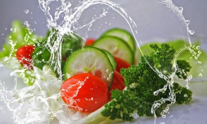 Beim Essen Gewicht verlieren: Was Sie über negative Kalorien wissen müssen