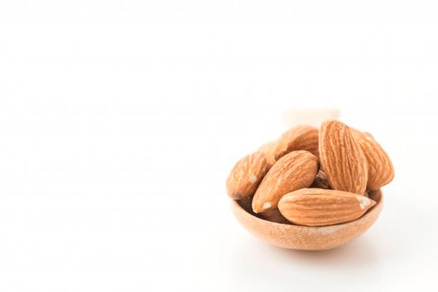 9-beneficios-surpreendentes-das-amendoas-para-a-saude-1