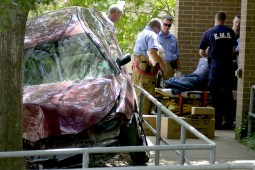 When to go to the ER after an automobile accident