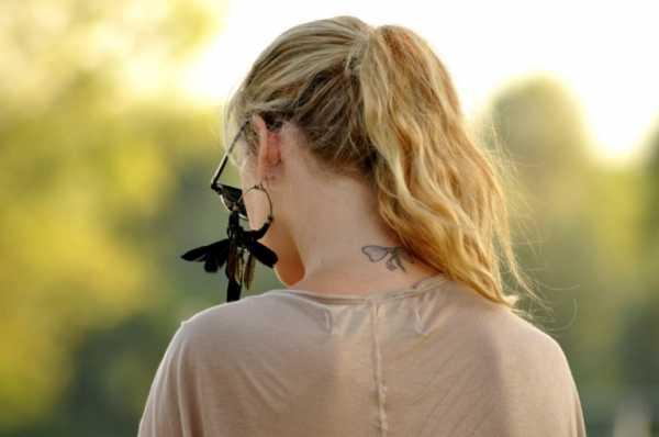 Маленькие татуировки для девушек на шее – Тату на шее для ...