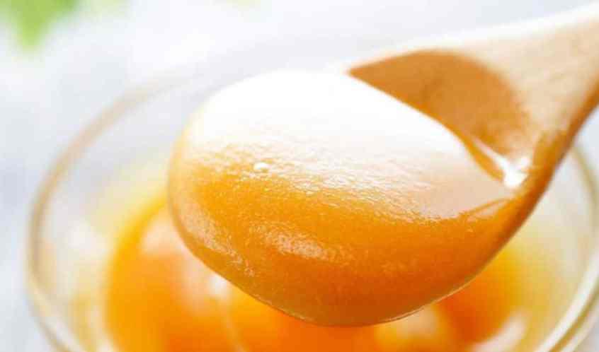 خصائص عسل مانوكا واستعمالاته واثاره الجانبية