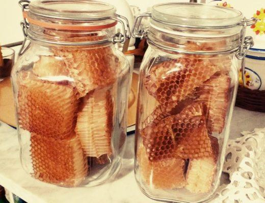 favi cera d'api in barattolo