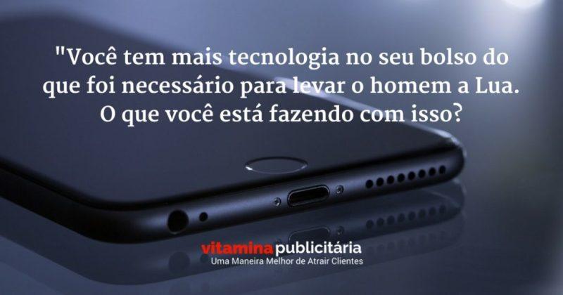 tecnologia-homem-lua-marketing