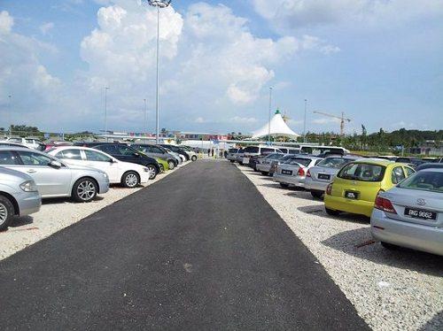 7 Tips Penting Bawa Anak Bercuti Ke Legoland, Johor Bahru - Parking Di Legoland