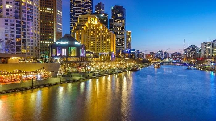 Jalan-Jalan Di Bandar Melbourne