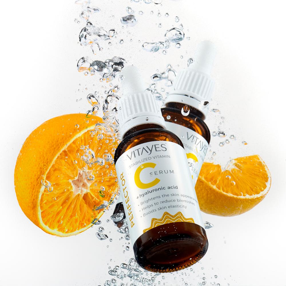 Siero Vitamina C e Acido Ialuronico, energizzante per la pelle e contrasta le macchie dell'invecchiamento