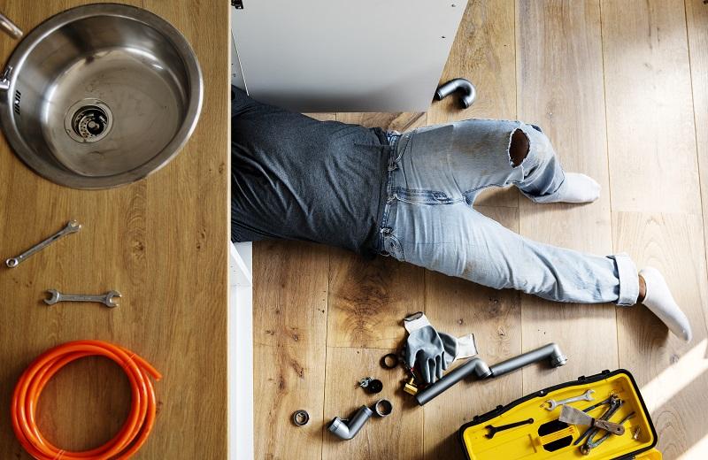 Le métier d'artisan plombier à la Réunion
