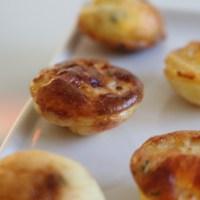 Mini flans apéritif poire et parmesan
