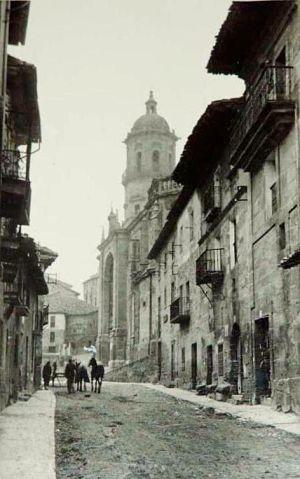 La Historia. 1933. EL AÑO DE LAS BOMBAS